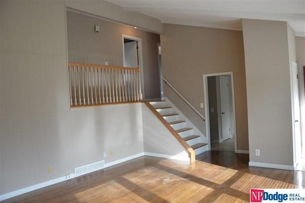 Detached Housing, Tri-Level - Omaha, NE (photo 5)