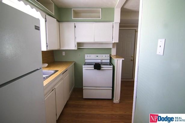 Detached Housing, Ranch - Bellevue, NE (photo 4)