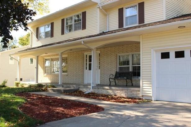 Single Family Residence, 2 Story - MISSOURI VALLEY, IA (photo 3)