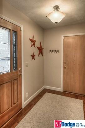 Attached Housing, 1.5 Story - Omaha, NE (photo 5)