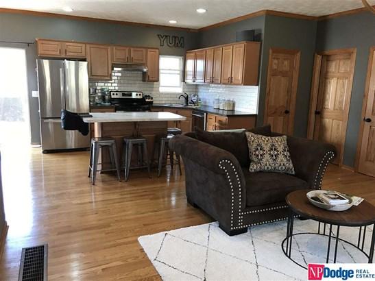 Detached Housing, Ranch - Council Bluffs, IA (photo 4)