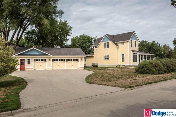 1.5 Story, Detached Housing - Underwood, IA (photo 2)