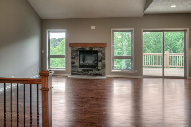 Single Family Residence, Ranch - COUNCIL BLUFFS, IA (photo 3)