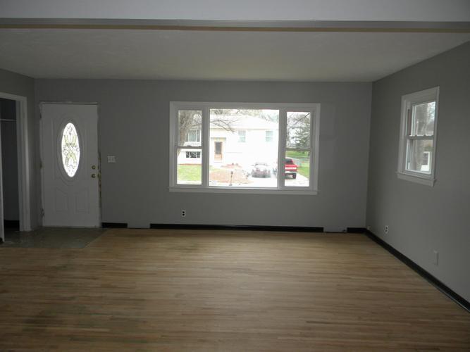 Single Family Residence, Multi-Level - BELLEVUE, NE (photo 2)