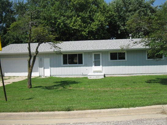 Single Family Residence, Ranch - SIDNEY, IA (photo 1)