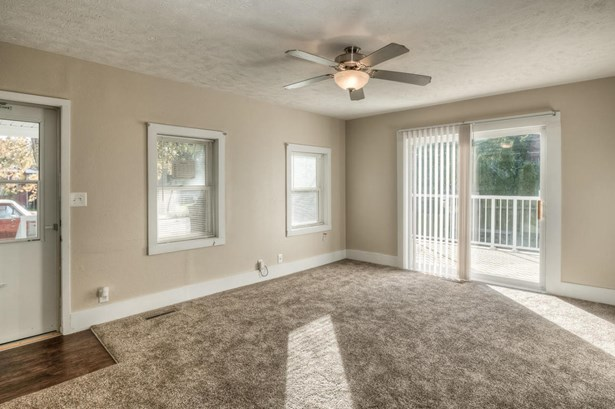 Single Family Residence, Ranch - COUNCIL BLUFFS, IA (photo 5)