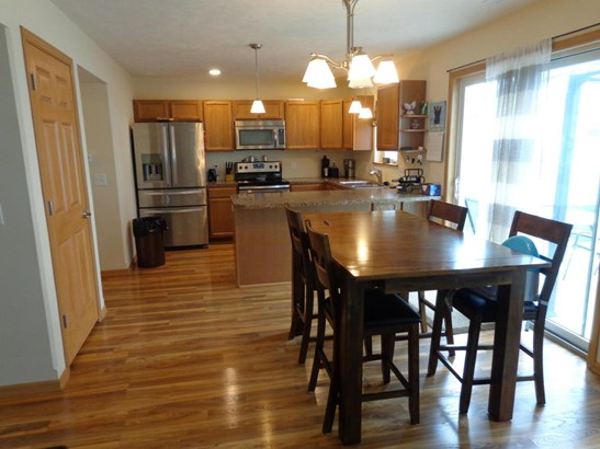 Single Family Residence, Ranch - COUNCIL BLUFFS, IA (photo 4)