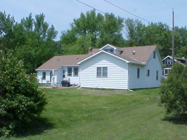1.5 Story, Single Family Residence - THURMAN, IA (photo 2)