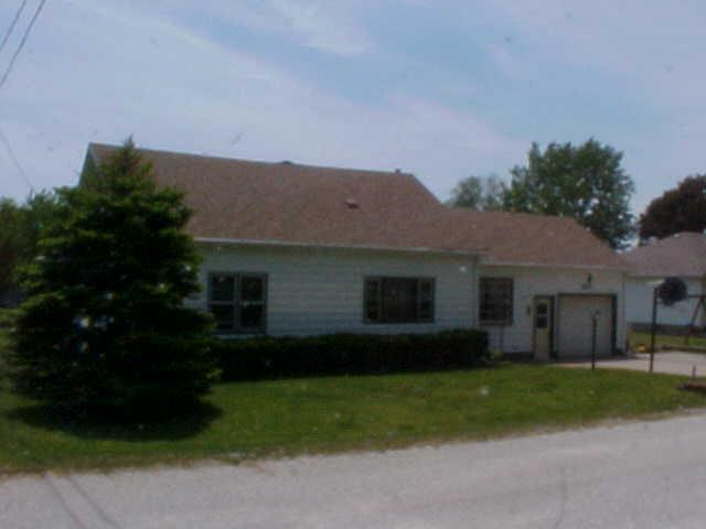 1.5 Story, Single Family Residence - THURMAN, IA (photo 3)