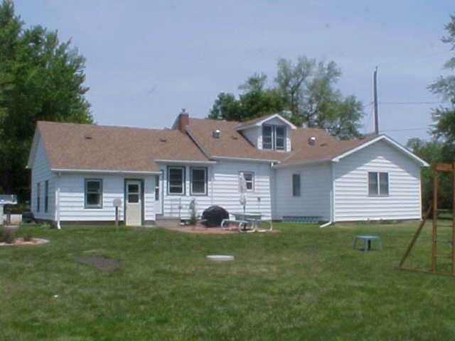 1.5 Story, Single Family Residence - THURMAN, IA (photo 4)