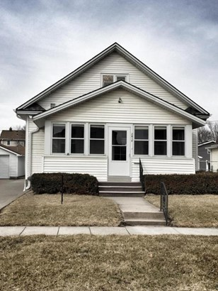 1.5 Story, Single Family Residence - COUNCIL BLUFFS, IA (photo 1)