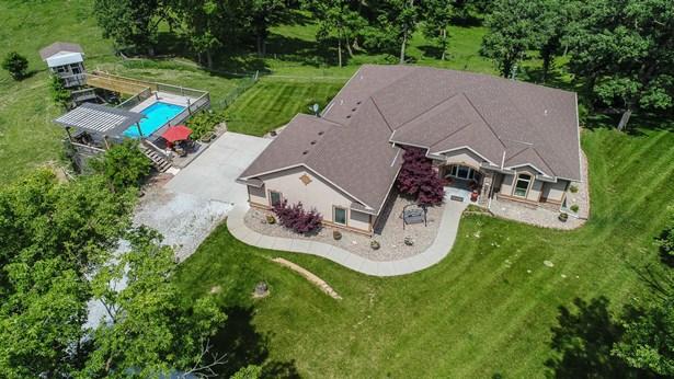 Single Family Residence, Ranch - HONEY CREEK, IA (photo 1)