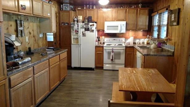 Single Family Residence, Ranch - HENDERSON, IA (photo 2)