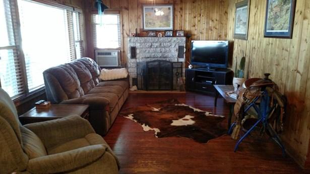 Single Family Residence, Ranch - HENDERSON, IA (photo 3)