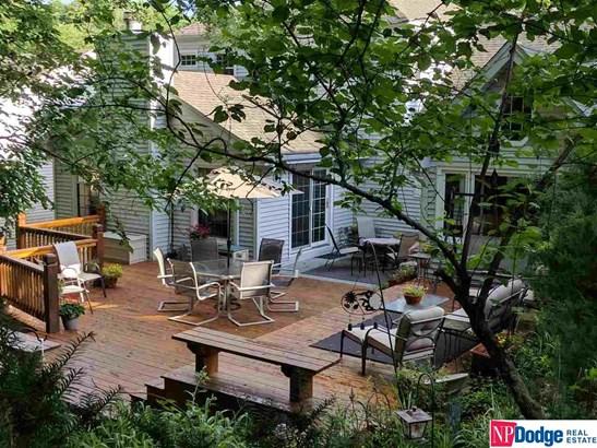 Detached Housing, 2 Story - Bellevue, NE (photo 3)