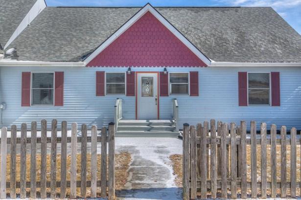 Single Family Residence, 2 Story - LOGAN, IA (photo 4)