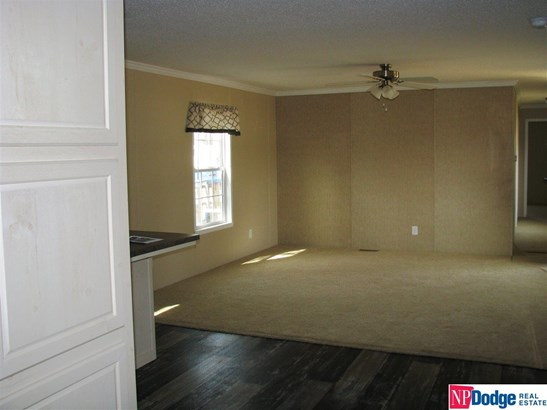 Mobile Home, Detached Housing - Blair, NE (photo 5)