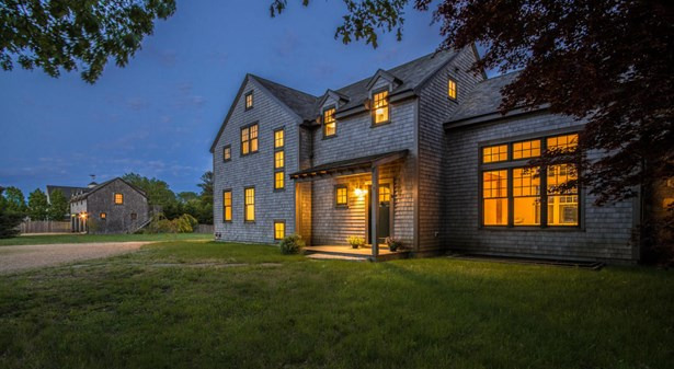 Farm House, Single Family Residence - Edgartown, MA (photo 1)