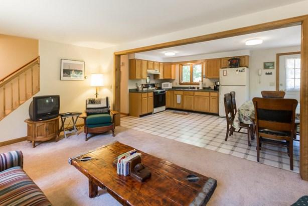Single Family Residence, Cape - West Tisbury, MA (photo 4)