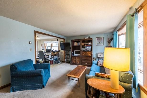 Single Family Residence, Ranch - Aquinnah, MA (photo 2)
