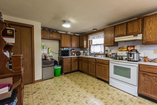 Single Family Residence, Ranch - Aquinnah, MA (photo 3)