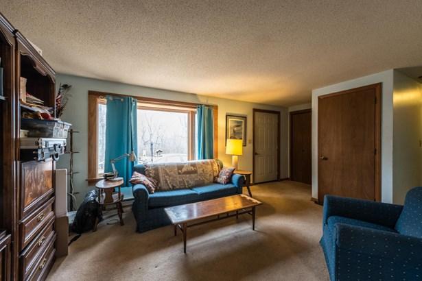Single Family Residence, Ranch - Aquinnah, MA (photo 4)