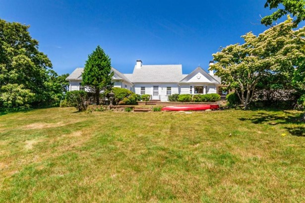 Single Family Residence, Cape - West Tisbury, MA (photo 2)
