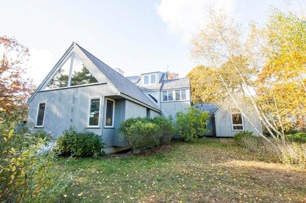 Single Family Residence, Contemporary - Oak Bluffs, MA (photo 2)