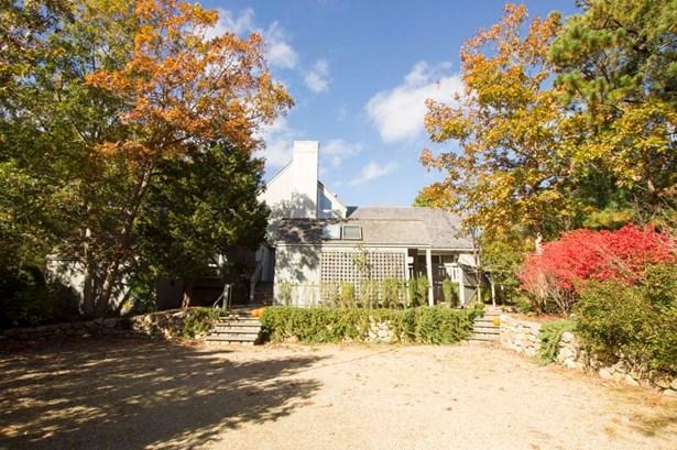 Single Family Residence, Contemporary - Oak Bluffs, MA (photo 3)