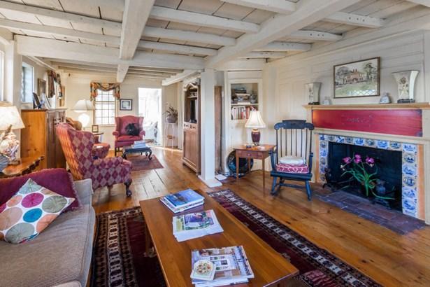 Single Family Residence, Cape - Tisbury, MA (photo 3)