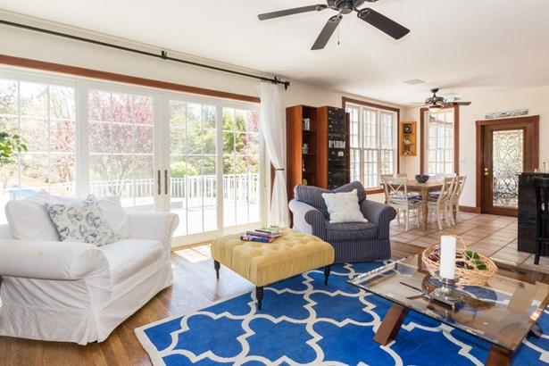 Single Family Residence - West Tisbury, MA (photo 3)