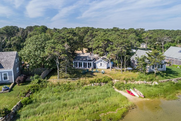 Single Family Residence, Cottage - Edgartown, MA (photo 3)