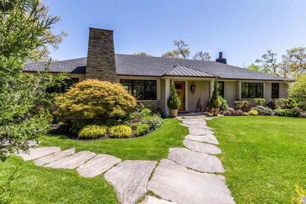 Single Family Residence, Contemporary - Vineyard Haven, MA