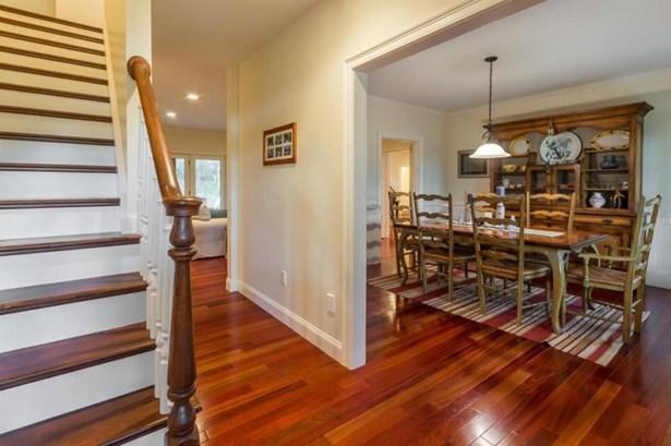 Farm House, Single Family Residence - Edgartown, MA (photo 4)