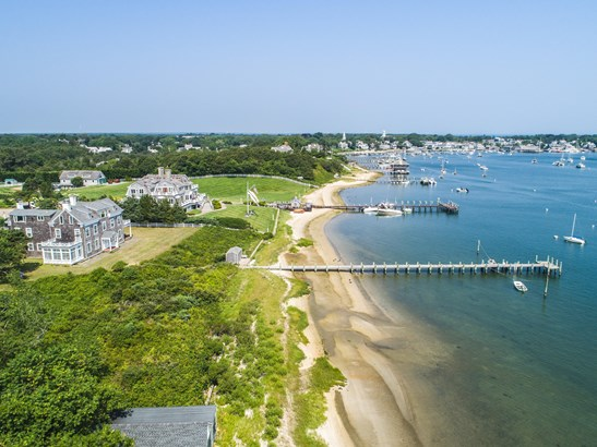 Single Family Residence, Colonial - Edgartown, MA