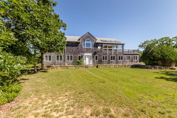 Single Family Residence, Colonial - Edgartown, MA (photo 1)