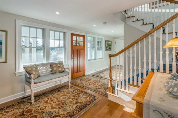 Single Family Residence, Colonial - Edgartown, MA (photo 3)