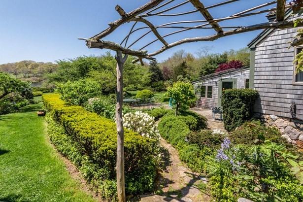 Single Family Residence, Cottage - West Tisbury, MA (photo 3)