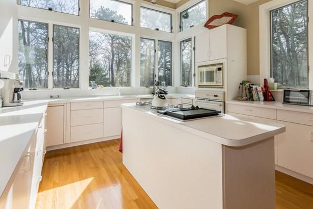Single Family Residence, Contemporary - Tisbury, MA (photo 4)