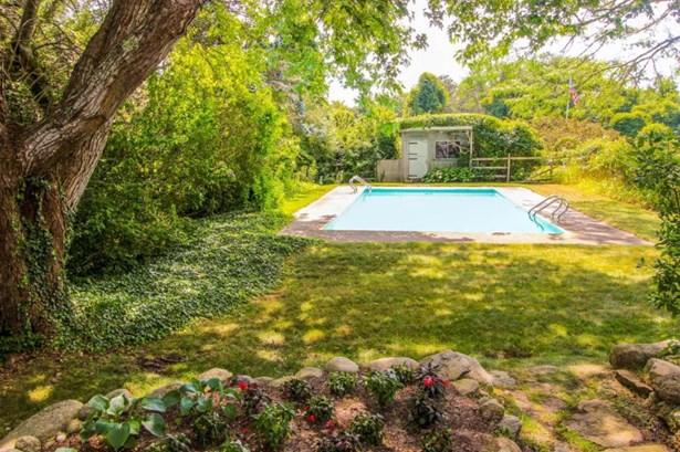Single Family Residence, Contemporary - Edgartown, MA (photo 3)