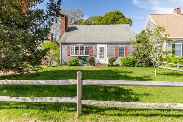 Single Family Residence, Cape - Edgartown, MA (photo 2)