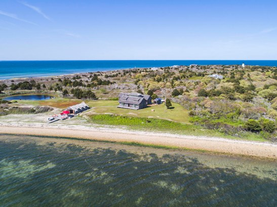 Single Family Residence - Edgartown, MA