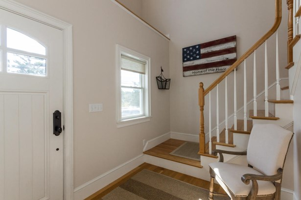 Single Family Residence, Contemporary - Vineyard Haven, MA (photo 5)