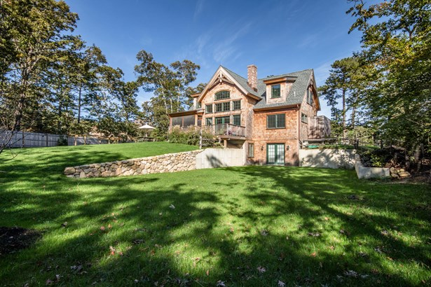 Post & Beam, Single Family Residence - Vineyard Haven, MA