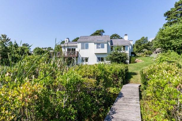 Single Family Residence, Cape - Oak Bluffs, MA (photo 2)