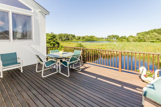Single Family Residence, Cape - Oak Bluffs, MA (photo 3)