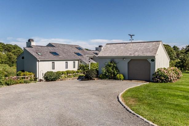 Single Family Residence, Cape - Oak Bluffs, MA (photo 5)