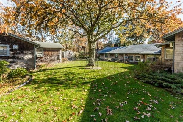Single Family Residence - Edgartown, MA (photo 5)