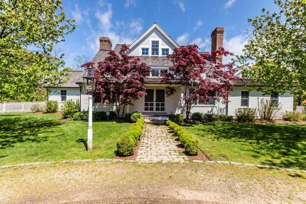 Farm House, Single Family Residence - West Tisbury, MA