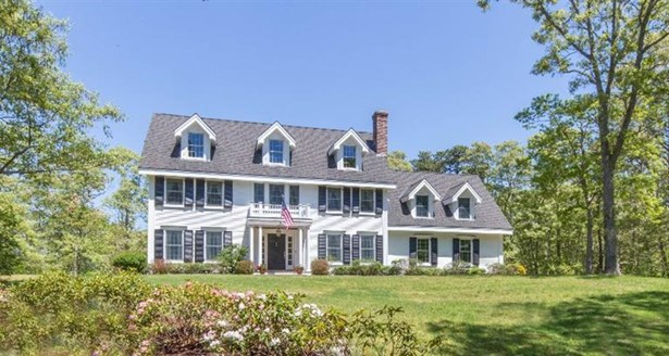 Single Family Residence, Colonial - Tisbury, MA (photo 1)